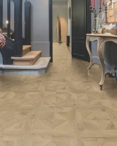 Quick-Step Impressive Patterns Royal Oak Natural IPA4142 8mm AC4 Laminate Flooring