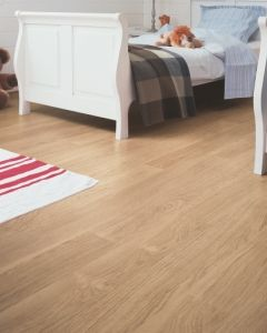 Quick-Step Eligna White Varnished Oak Beige EL915 8mm AC4 Laminate Flooring