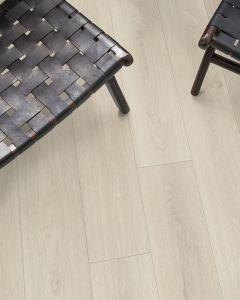 EGGER PRO Aqua Plus Classic 8mm Elton Oak White EPL137 Laminate Flooring