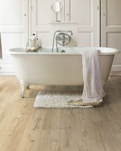 Quick-Step Impressive IM1847 Classic Oak Beige 8mm AC4 Laminate Flooring