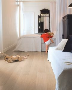 Quick-Step Impressive IM3105 White Varnished Oak 8mm AC4 Laminate Flooring