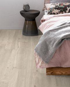 EGGER PRO Classic 7mm White Corton Oak EPL051 Laminate Flooring