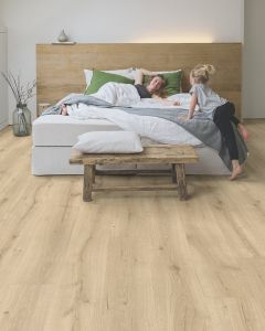 Quick-Step Majestic Desert Oak Light Natural MJ3550 9.5mm AC4 Laminate Flooring