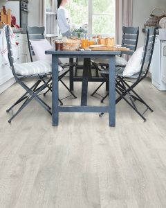 Quick-Step Classic Reclaimed White Patina Oak CL1653 8mm AC4 Laminate Flooring