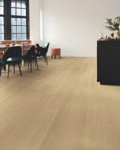 Quick-Step Signature Beige Varnished Oak SIG4750 9mm AC4 Laminate Flooring