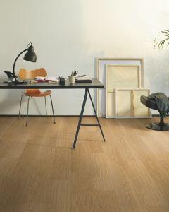 Quick-Step Classic Windsor Oak CLM3184 8mm AC4 Laminate Flooring