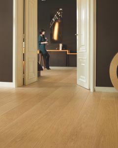 Quick-Step Largo Natural Varnished Oak LPU1284 9.5mm AC4 Laminate Flooring
