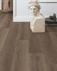 Quick-Step Signature Brushed Oak Brown SIG4766 9mm AC4 Laminate Flooring