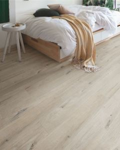 Quick-Step Vinyl Alpha Vinyl Medium Planks Cotton Oak White Blush AVMP40200 Rigid Vinyl Flooring