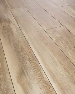 Kronoswiss Swiss Solid Iceland Oak D4490 NM 12mm AC5 Laminate Flooring