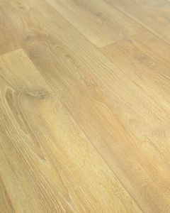 Kronoswiss Grand Selection Pure Gold Oak D4515 CI 12mm AC5 Laminate Flooring