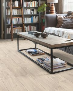 Quick-Step Classic Havanna Oak Natural CLM1655 8mm AC4 Laminate Flooring