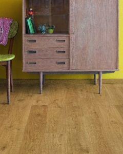 Quick-Step Eligna White Oak Light Natural EL1491 8mm AC4 Laminate Flooring