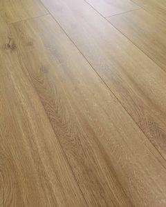 Kronoswiss Swiss Liberty Lucerne Oak D 3784 PM 8mm AC5 Laminate Flooring