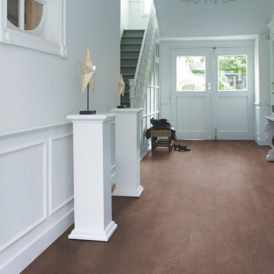 Quick-Step Classic Old Oak Natural CLM1381 8mm AC4 Laminate Flooring