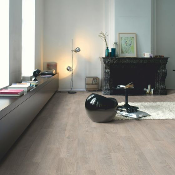 Quick-Step Classic Old Oak Light Grey CLM1405 8mm AC4 Laminate Flooring